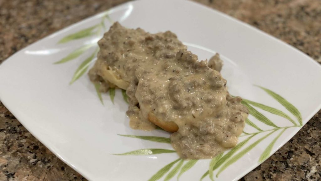 how to make homemade biscuits and gravy